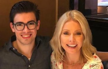 Kelly Ripa shares 'proud mom' tassel celebrating son Michael's graduation